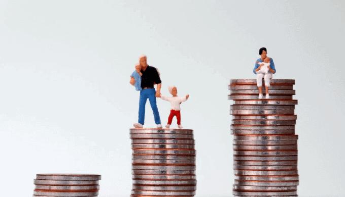 子育て費用を世帯年収別